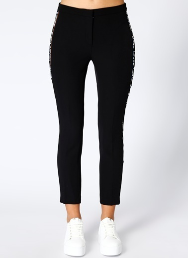 Black Pepper Şerit Detaylı Pantolon Siyah